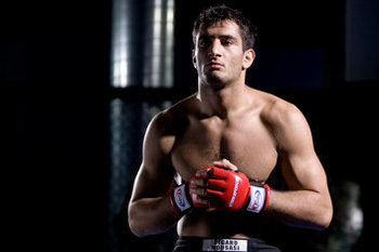Gegard Mousasi - Esther Lin/Strikeforce