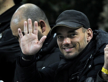 Wesley Sneijder has rejected a new contract at Inter Milan and will leave the club this month.