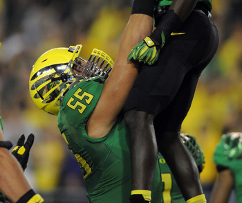 C Hroniss Grasu and the O-line make the Oregon offense go.