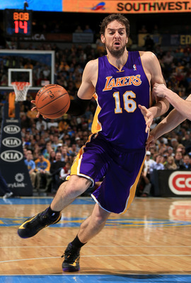 There's not enough room in L.A.'s post for Pau Gasol.