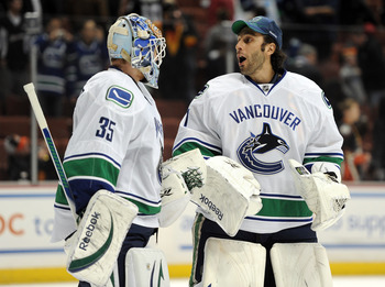 Will Schneider and Luongo team up to start the season?