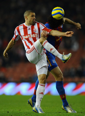 Jon Walters scored twice as Stoke City defeated Crystal Palace 4-1.