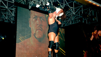 When in shape, no one is as scary as Big Show (Image obtained from WWE.com).