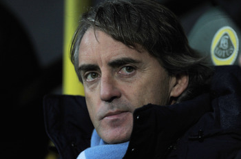 Mancini has his eye on Cavani