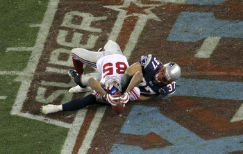 David Tyree makes the catch that ended New England's hope for a 19-0 season.
