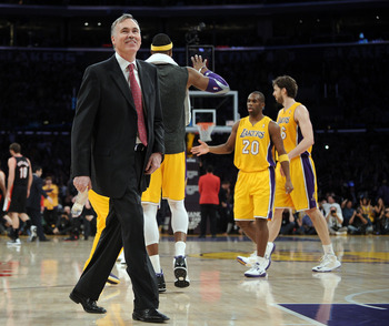 Mike D'Antoni has a three-year contract but a short leash with the Lakers.