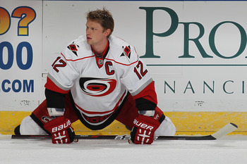 Eric Staal leads Carolina, who hope to unseat Florida as division champs.