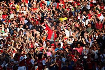 LONDON, ENGLAND - MARCH 24:  Fans react during the Barclays Premier League match between Arsenal and Aston Villal at Emirates Stadium on March 24, 2012 in London, England.  (Photo by Julian Finney/Getty Images)
