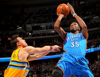 Kevin Durant is the best option when a team needs a buzzer-beating score.