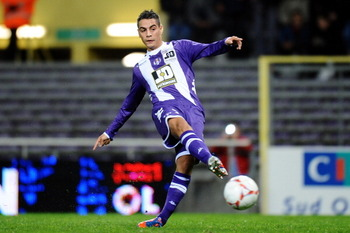 Wissam Ben Yedder started on the bench at the Parc des Princes