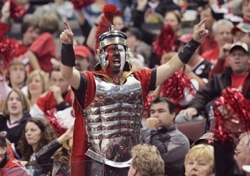 Senators-fans1_display_image