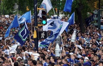 Vancouver-canucks-fans-600x386_display_image