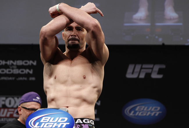030_glover_teixeira_gallery_post_crop_650x440