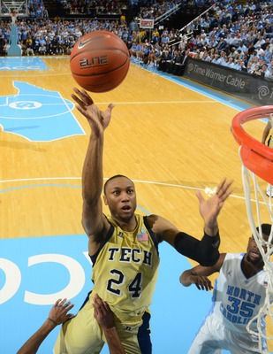 Kam Holsey was a key player at the UNC game with 18 points.