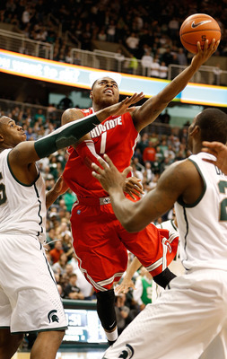 Deshaun Thomas flips the ball up against Michigan State.