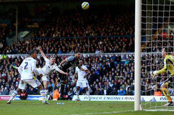 Clint Dempsey scoring his goal against Leeds.