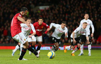 Ryan Giggs scored this penalty and also picked up an assist against Fulham.