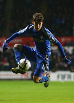 Chelsea might need to look no further than current squad member Oscar to replace Frank Lampard.