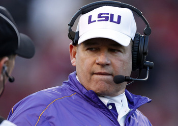 LSU head coach Les Miles