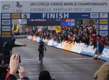 Katie Compton finishes a disappointing (for her) second, her third career silver at UCI Cyclo-Cross World Championships