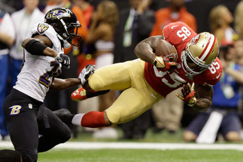 Vernon Davis' 20-yard reception was nullified due to an 'Illegal Formation' penalty.