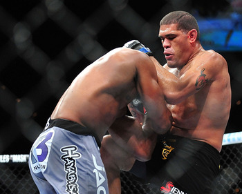 The straight knee was the beginning of the end for Overeem