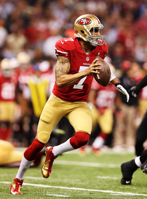 Colin Kaepernick running the sprint right option