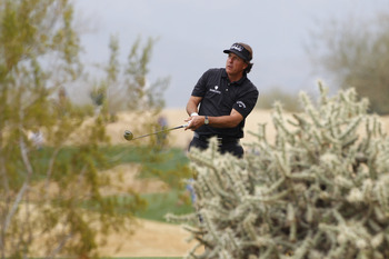 Phil Mickelson found some interesting places but was clutch when he needed to be.