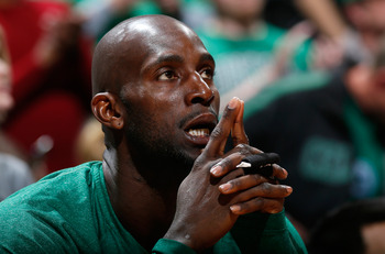 Acquiring Kevin Garnett would make the Nets instant title contenders.