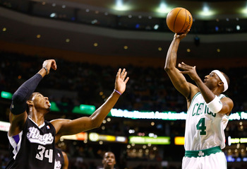 Jason Terry will need to step up to fill the void of Rondo's absence.