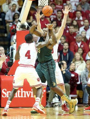 Derrick Nix defends Indiana's Victor Oladipo