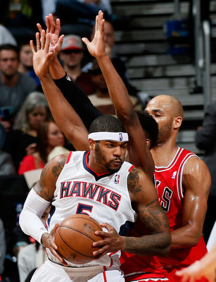 Josh Smith would bring experience and youth to the Bobcats.