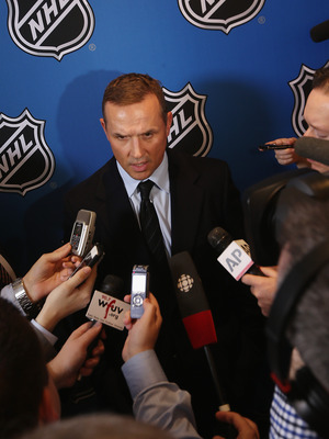 Steve Yzerman is pulling all of the right strings for the Lightning in 2013.
