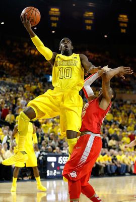The maize jerseys were a good look for the Wolverines.