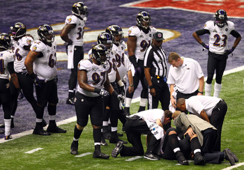Haloti Ngata—defensive tackle for the Baltimore Ravens—suffered a knee injury during the Super Bowl.