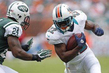 Darrelle Revis goes in for a tackle against the Miami Dolphins on September 23, 2012.