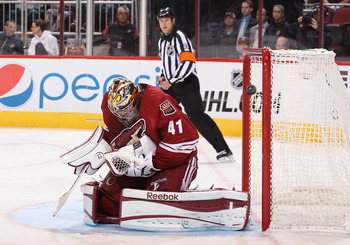 Phoenix's Mike Smith makes a save against Chicago on Feb. 7.