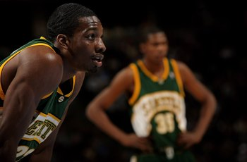 It's been a while since we've seen a SuperSonics jersey.