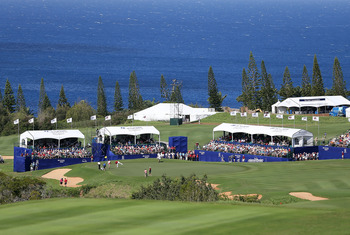 The downhill 18th at Kapalua provides great scenery.