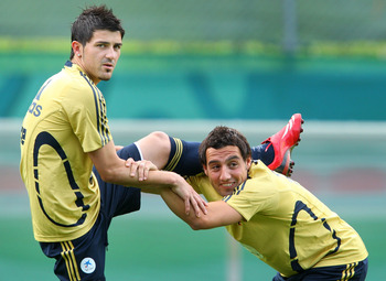 David Villa is already pals with Santi Cazorla.