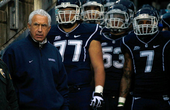 Paul Pasqualoni returns to Big East Conference to lead UConn.