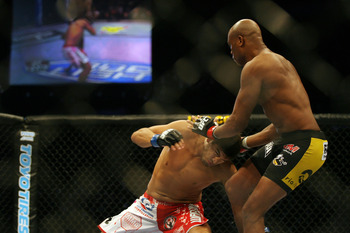 Silva eludes a potential takedown attempt