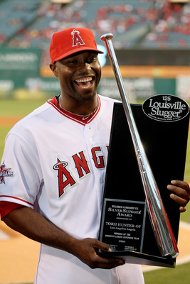 Kids will have that Torii Hunter smile when they get their Josh Willingham bat.