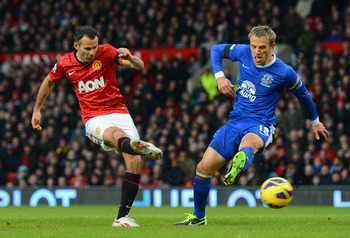 Ryan Giggs scores vs. Everton