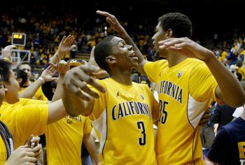 Cal players celebrate after win against Oregon. Photo: Eric Risberg