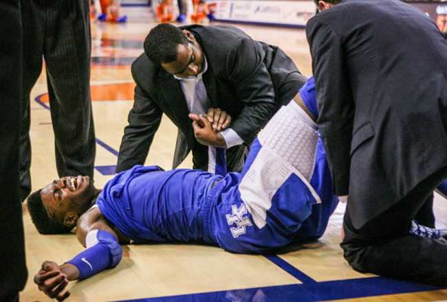 130213161400-nerlens-noel-injury-1-story-body_crop_650x440
