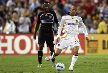 David Beckham made his LA Galaxy debut in a 1-0 defeat at DC United in Washington.
