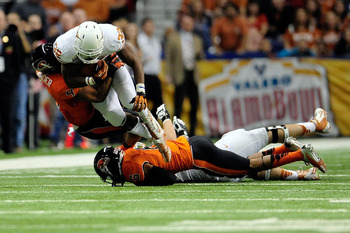 This fourth-down conversion by Gray in the Alamo Bowl put his team in position to score the game-winning touchdown.