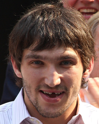 Alex-ovechkin-minus-more-teeth_display_image