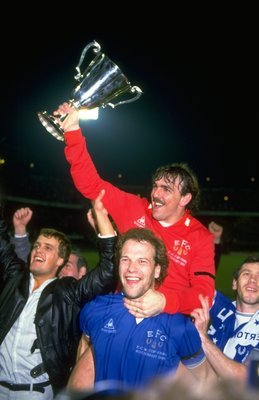 Neville Southall celebrates the 1985 European Cup Winners' Cup win with striker Andy Gray.